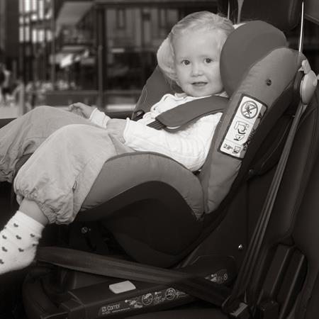 besafe kindersitz iZi CombiX4 ISOfix in car forward facing Detaillierte Ansicht 02